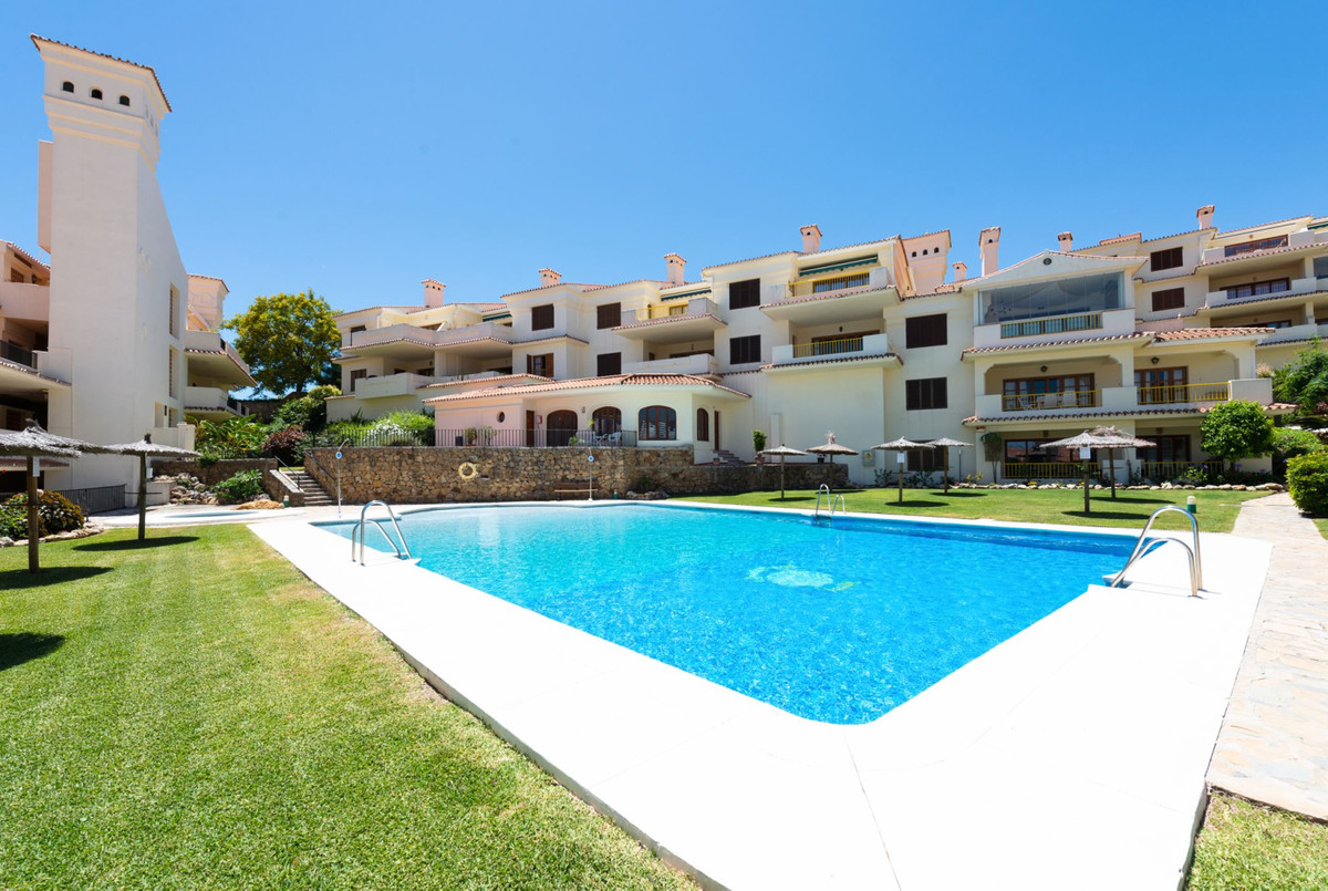 2 Bedroom Apartment for sale La Duquesa