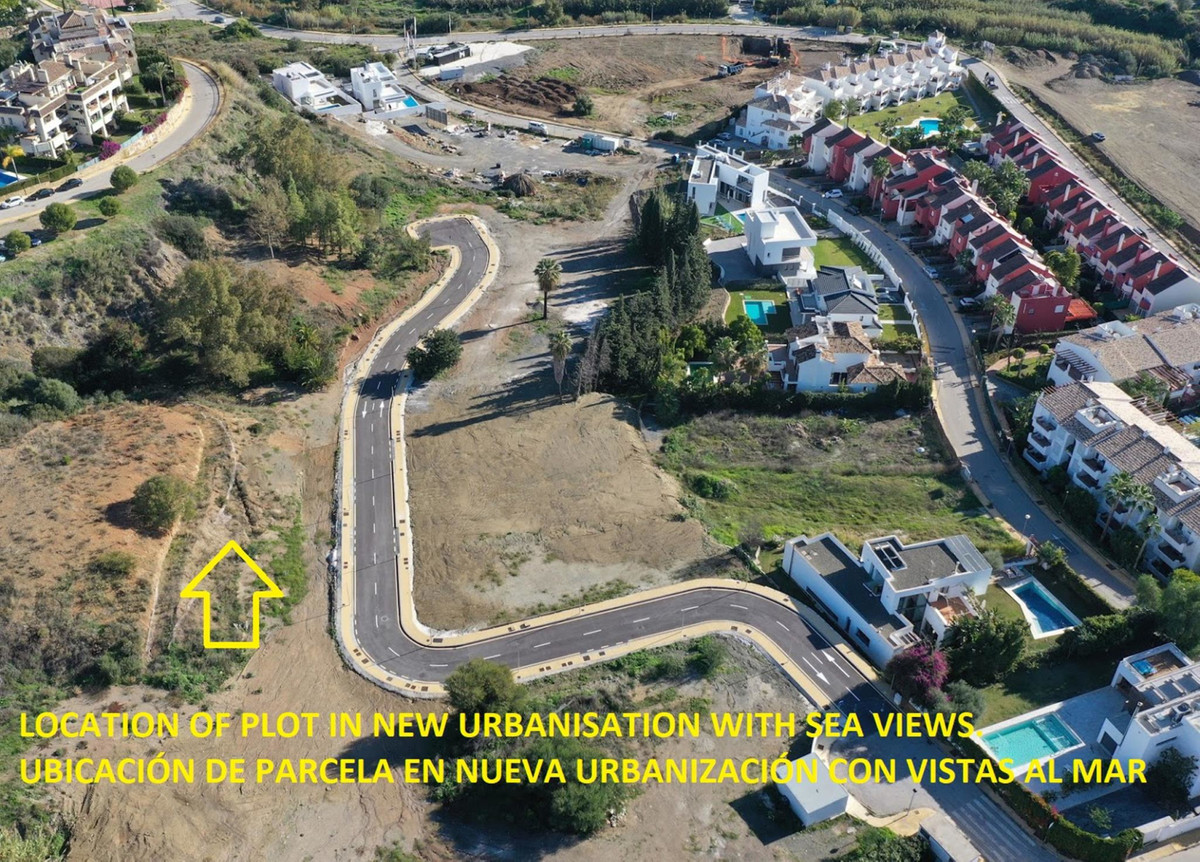 *** South-Facing Urban Plot with Sea Views *** 801 m2 *** Recently Finished Urbanization *** All Fac,Spain