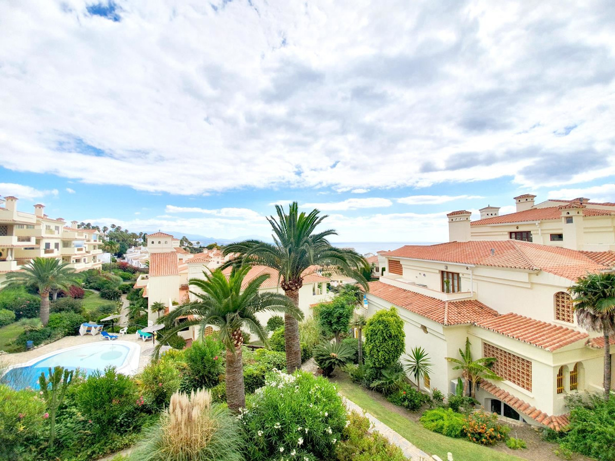 *** Middle Floor Apartment in Manilva *** * 3 Bedrooms & 2 Bathrooms  *** Bright and spacious li, Spain
