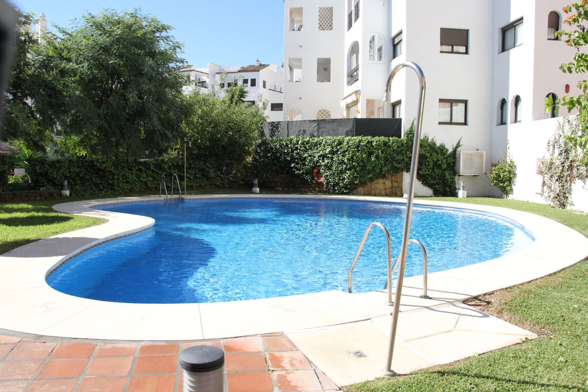 R3296050: Apartment for sale in La Duquesa