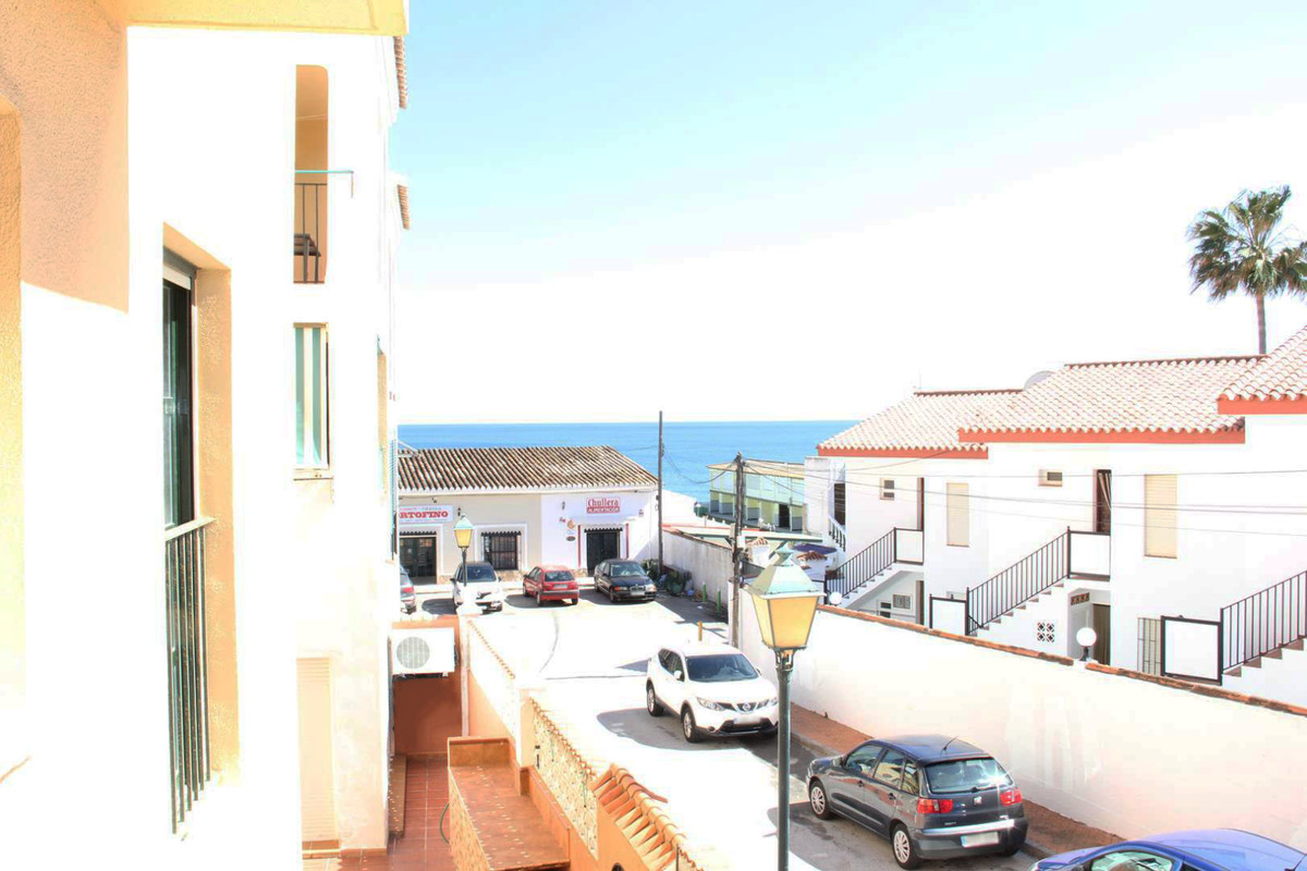 *** Middle-Floor Apartment in Manilva *** 2 Bedrooms & 1 Bathrooms  *** Bright Livingroom with a,Spain