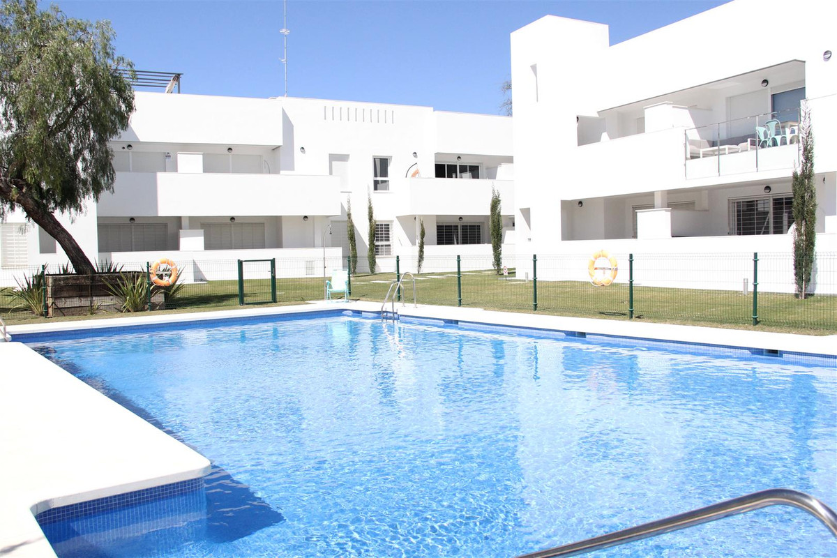 *** Reduced from 425,000 to EUR 375,000!!!! **** New Luxury Apartment Built in July 2017!!!! *** Exc, Spain