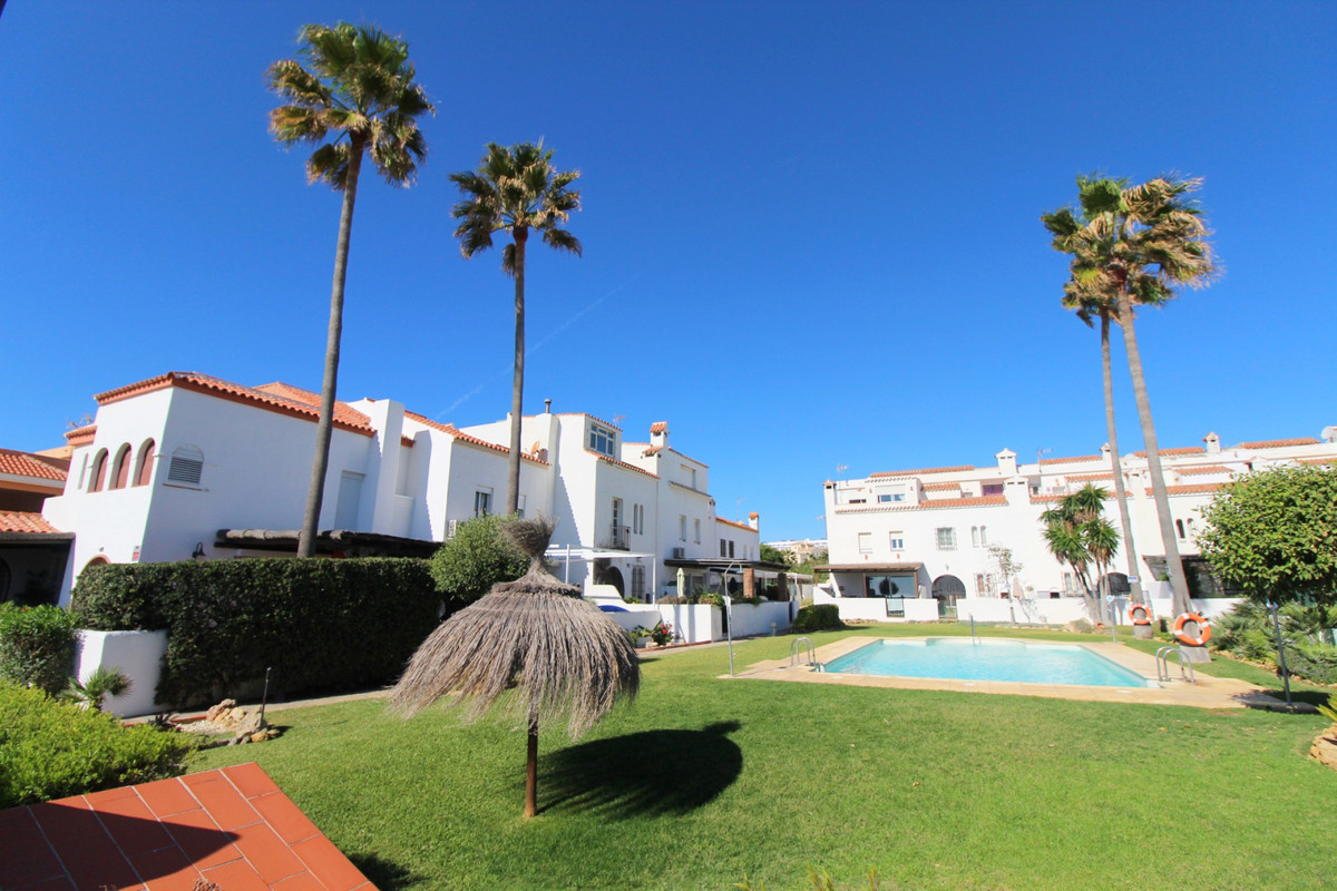 4 Bedroom Terraced Townhouse For Sale Casares Playa