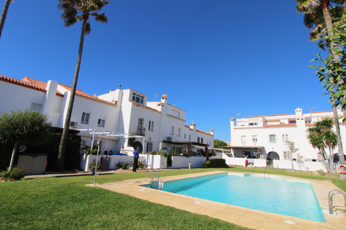 Townhouse in Casares Playa