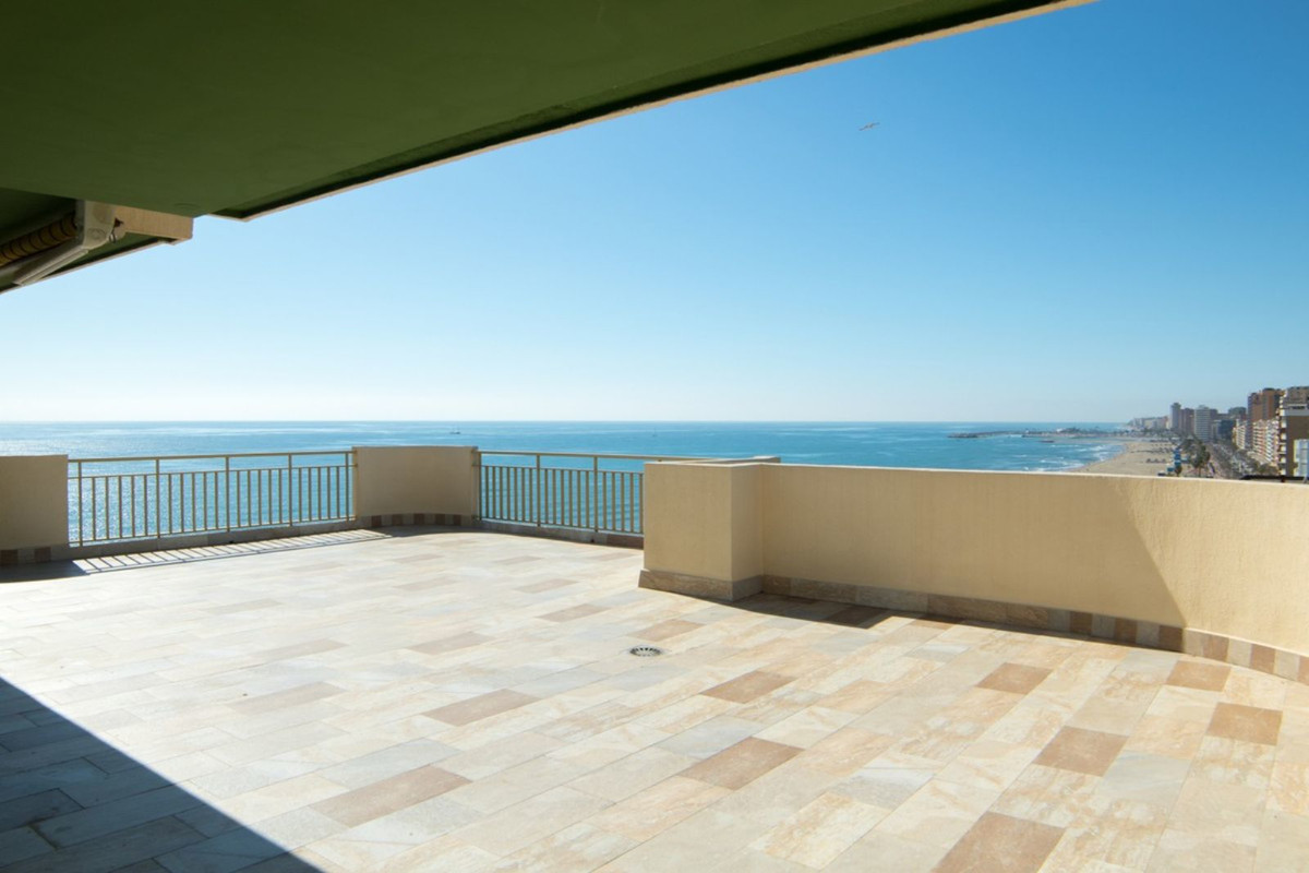 Middle Floor Apartment · Fuengirola