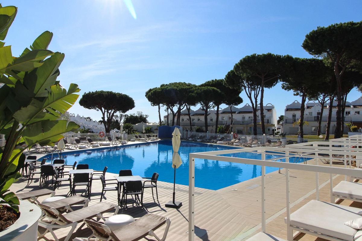 Townhouse for sale in Cabopino