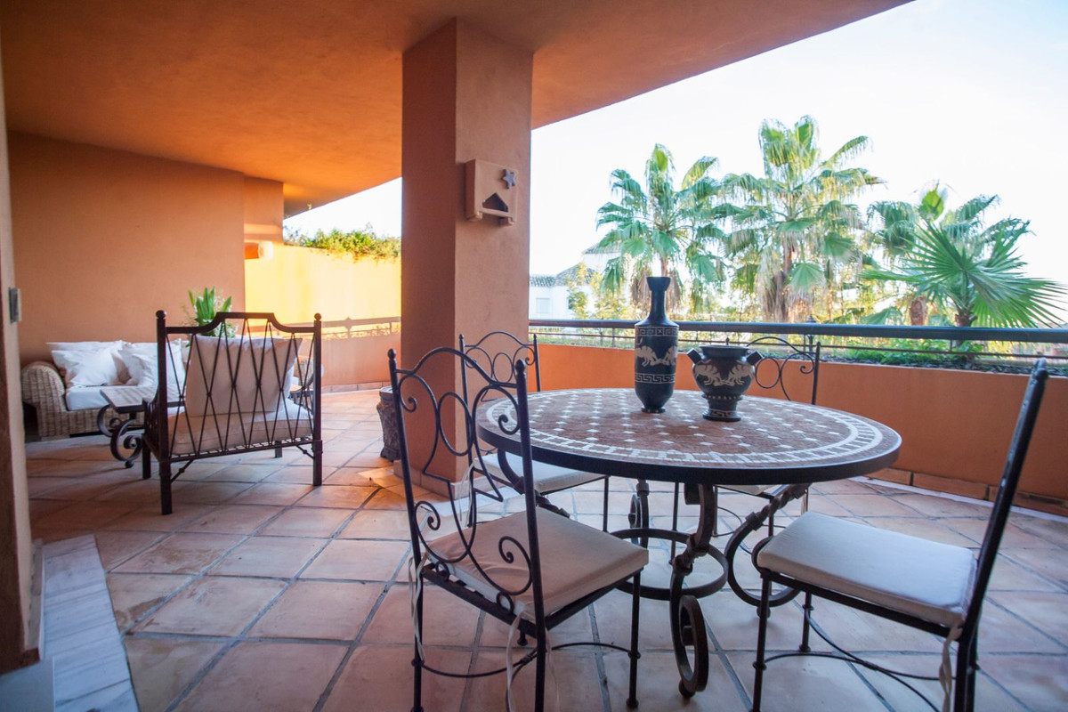 Fabulous 3 bedroom penthouse situated in the best complex of Bahia de Marbella. Only at 200 meters o,Spain