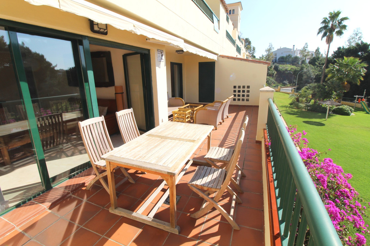 Fantastic 2 bed 2 bath ground floor apartment with open plan kitchen and huge terrace overlooking th, Spain