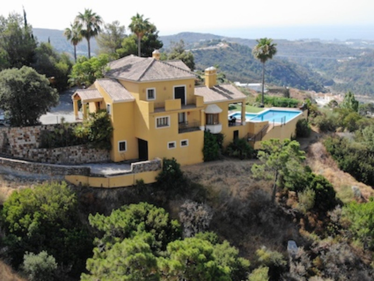 Luxury Andalusian style villa with panoramic views over the Mediterranean and surrounding pristine m,Spain