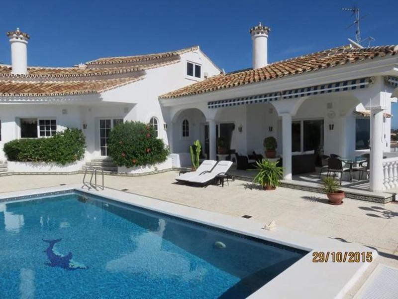Marbella Banus Villa – Chalet en venta en Benalmadena – R3361753