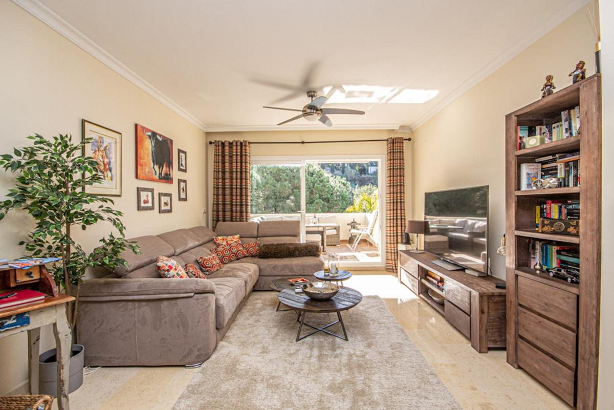 Apartamento en Venta en Elviria – R3780103
