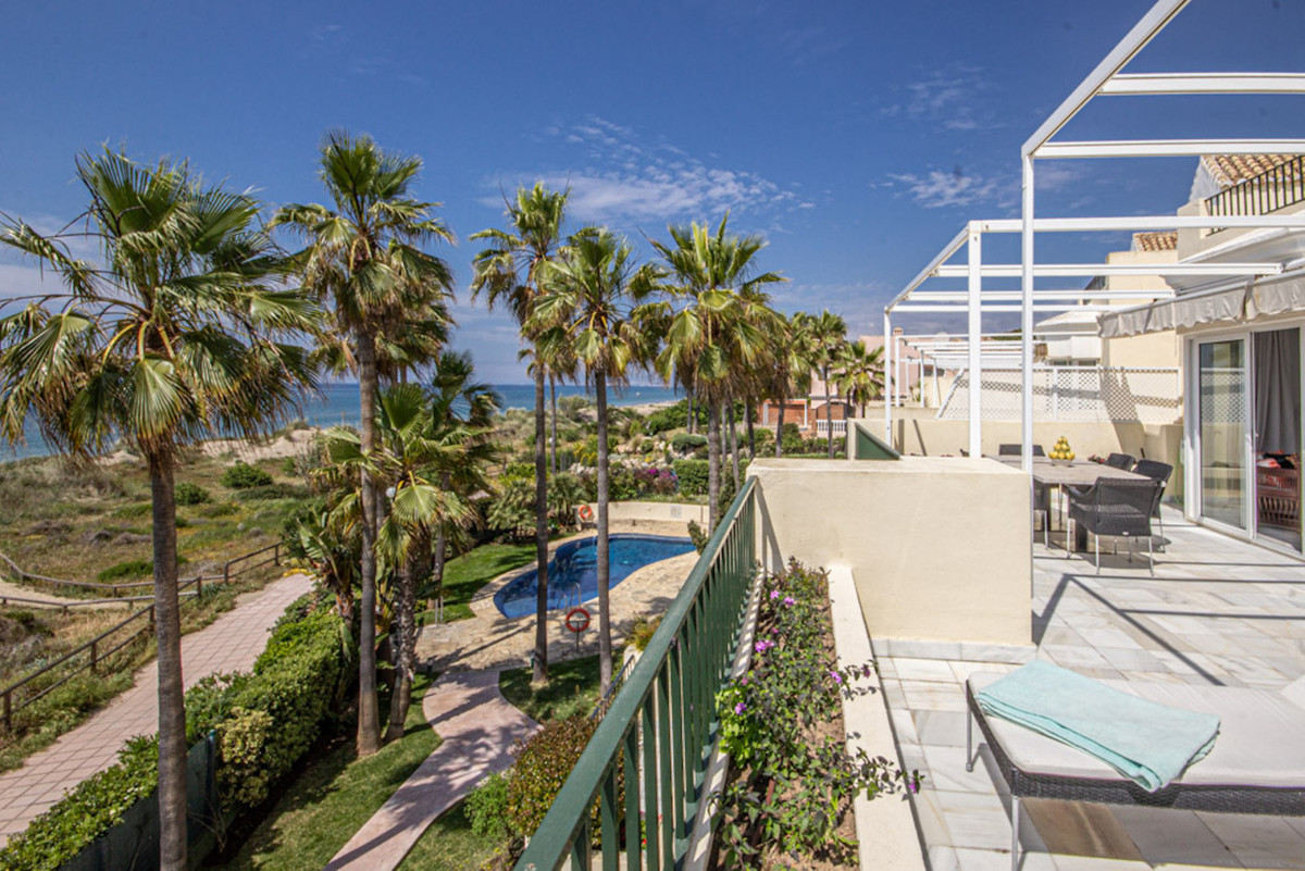Contemporary beachfront Penthouse in White Pearl Beach, Elviria  This is a one off property first li,Spain