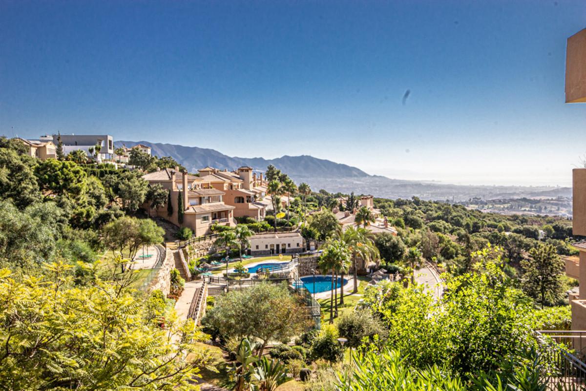 Marbella Banus Apartamento en Venta en La Mairena – R3906472
