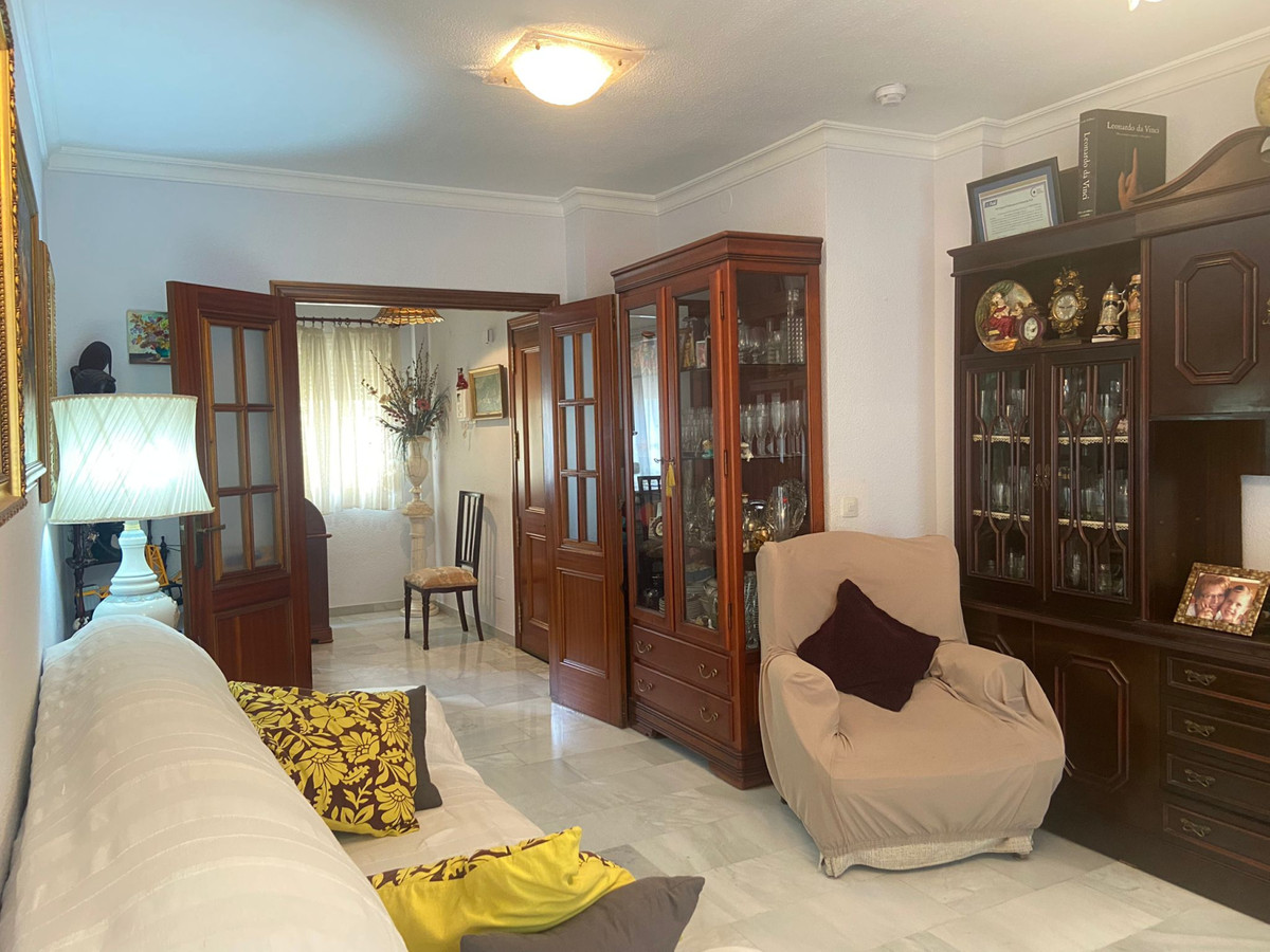 Flat for sale located on Severo Ochoa Avenue, in the centre of Marbella, in a residential complex wi,Spain
