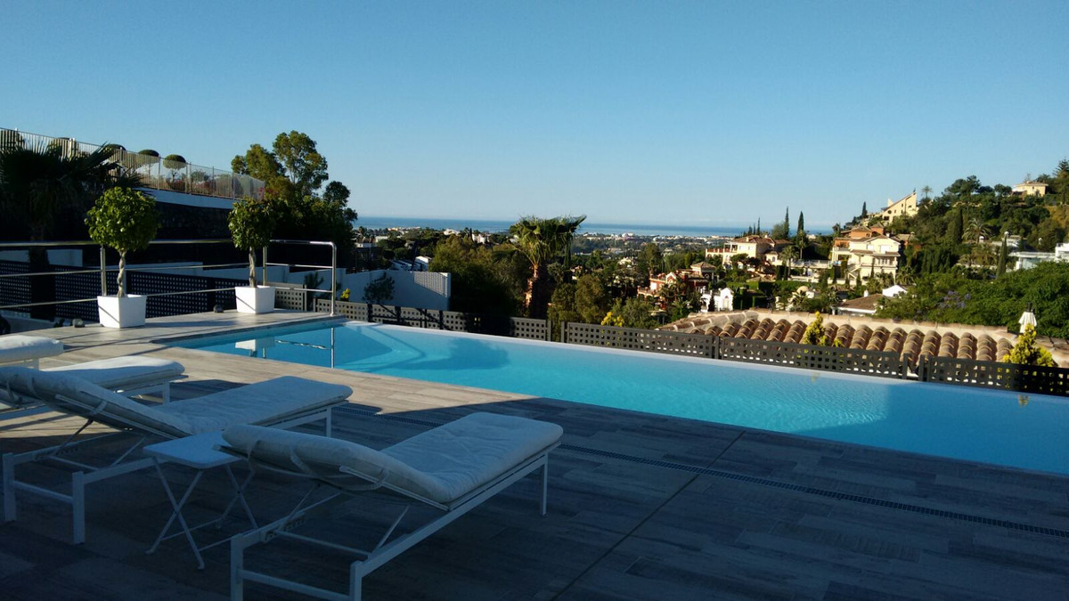 Contemporary Villa with Panoramic views. The fifth. Panoramic views Newly built modern house  Plot m, Spain