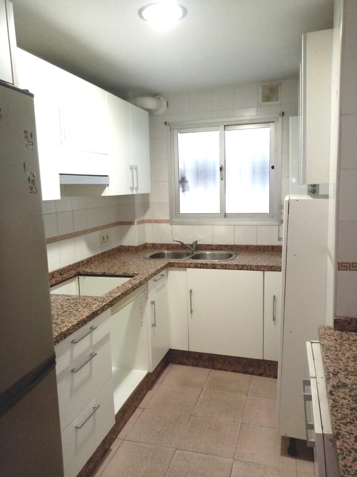 Apartamento en Venta en Marbella – R3849502