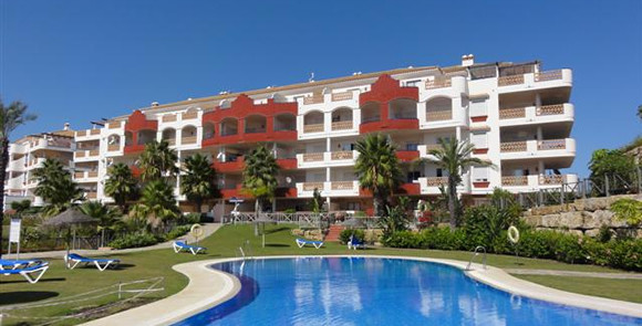 Cozy 2 bedroom apartments are located in a quiet and peaceful urbanization on the Riviera del Sol. 2,Spain