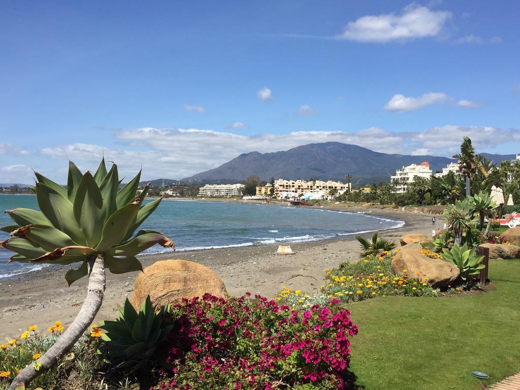 *** Beachfront Apartment *** Panoramic Sea Views *** Excellent Investment *** Perfect for Holidays *,Spain