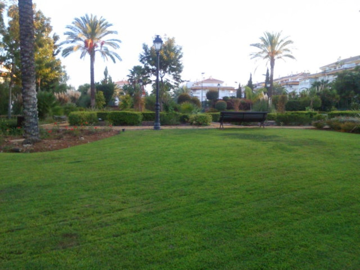 !!! BEAUTIFUL FURNISHED TWO BEDROOM APARTMENT !!! Magnificent apartment with terrace located on a ga,Spain