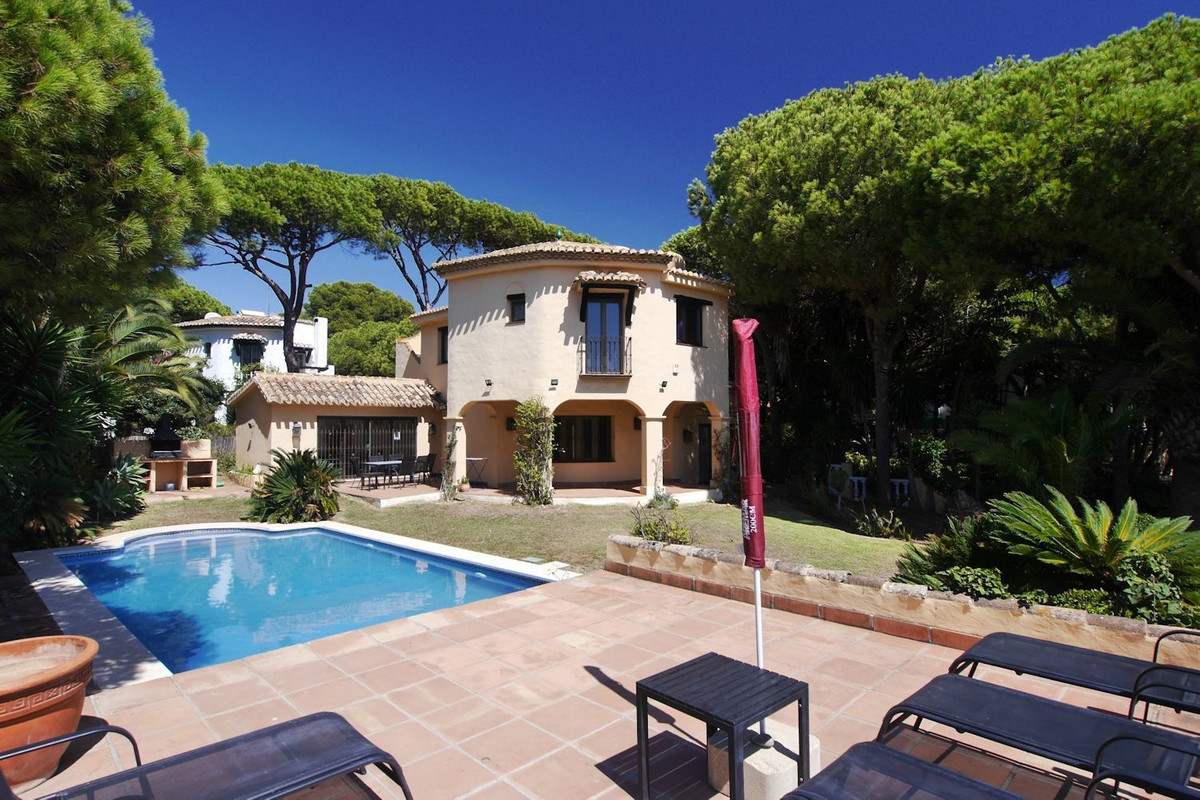 This is a second line villa just three minutes walk for the port of Cabopino and just one minutes wa,Spain
