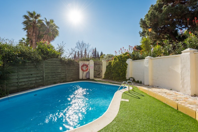This super Calahonda corner townhouse for sale at bargain price will give you a taste of the splendi,Spain