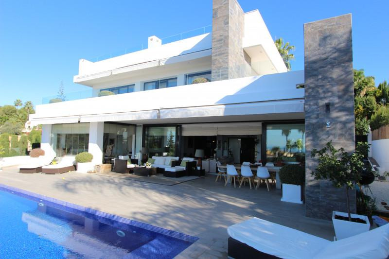 With enviable views of the Mediterranean Sea and the mountain of La Concha, this house in Marbella G,Spain