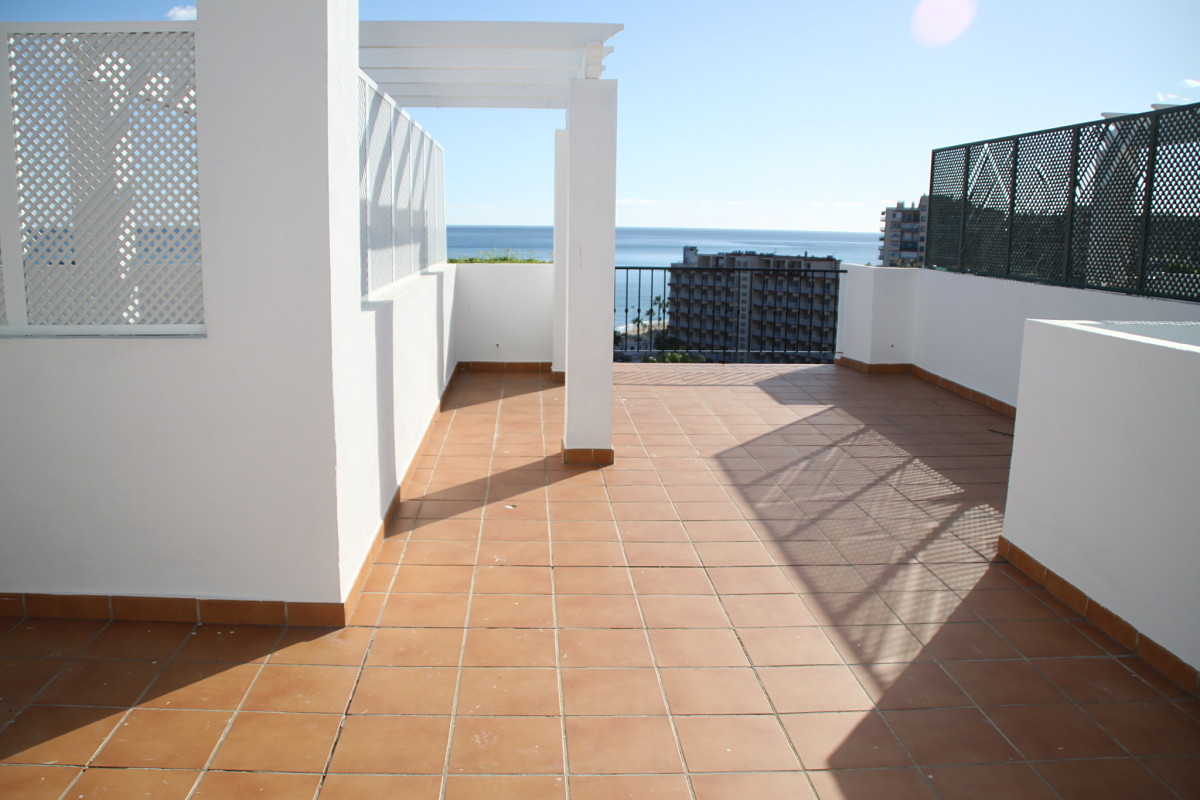 Beautiful penthouse on the second line of beach in Benalmadena Costa. The apartment has two private ,Spain
