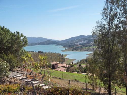 Villa con impresionantes vistas panoramicas y al pantano, cocina amueblada,  calefaccion central de ,Spain