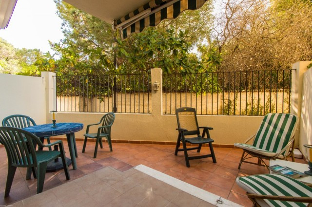 OPPORTUNITY. IDEAL FOR INVESTMENT. Nice apartment with large terrace in Benalmadena Pueblo.   It is , Spain