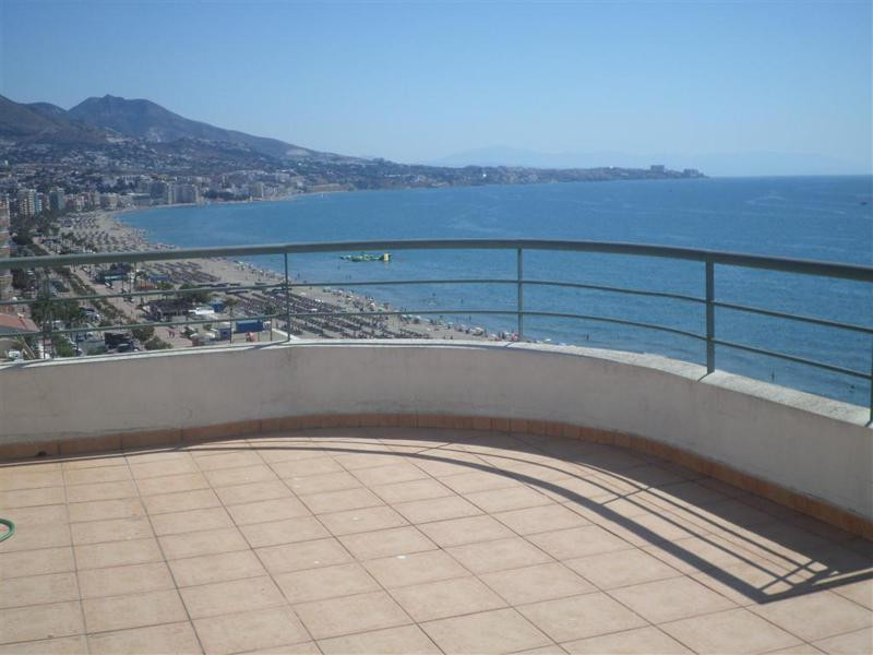 Beach property. Amazing duplex penthouse for sale on the Beach, in Fuengirola, Costa del Sol. This l,Spain