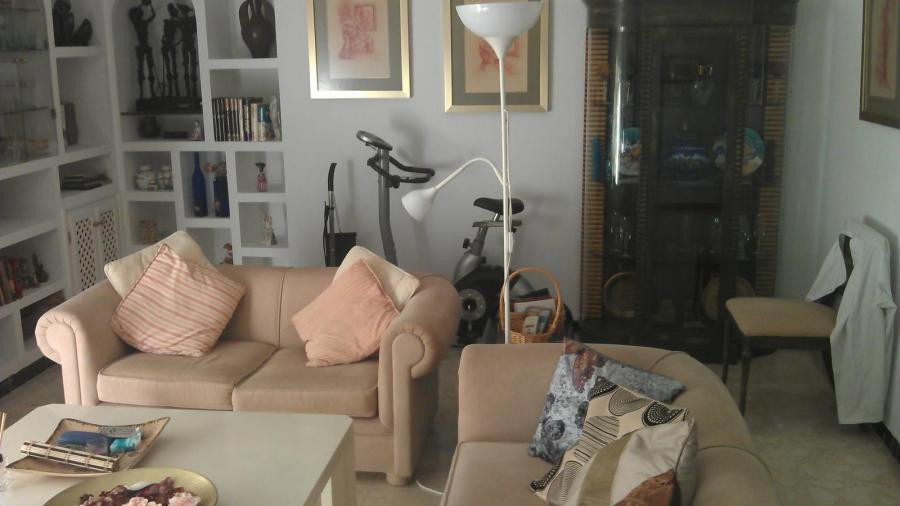 Great three floor bedrooms, two bathrooms, laundry, terrace, furnished , kitchen , living room , in , Spain