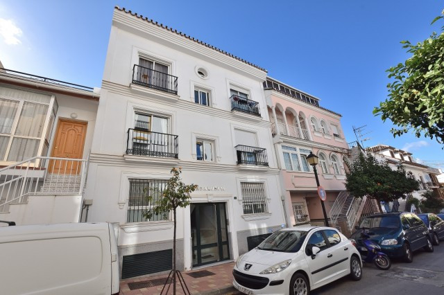 In the centre of Fuengirola you find this bright and beautiful apartment that is perfect for a holid, Spain