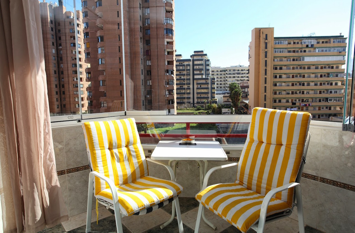 A charming studio for sale in the famous beachfront Hotel Las Palmeras in the heart of Fuengirola to,Spain