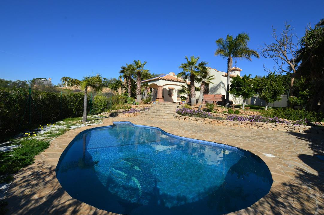 LOVELY 4 BEDROOM VILLA NEAR MIJAS GOLF WITH POOL AND PRIVATE TENNIS COURT   This great 4 bedroom is , Spain
