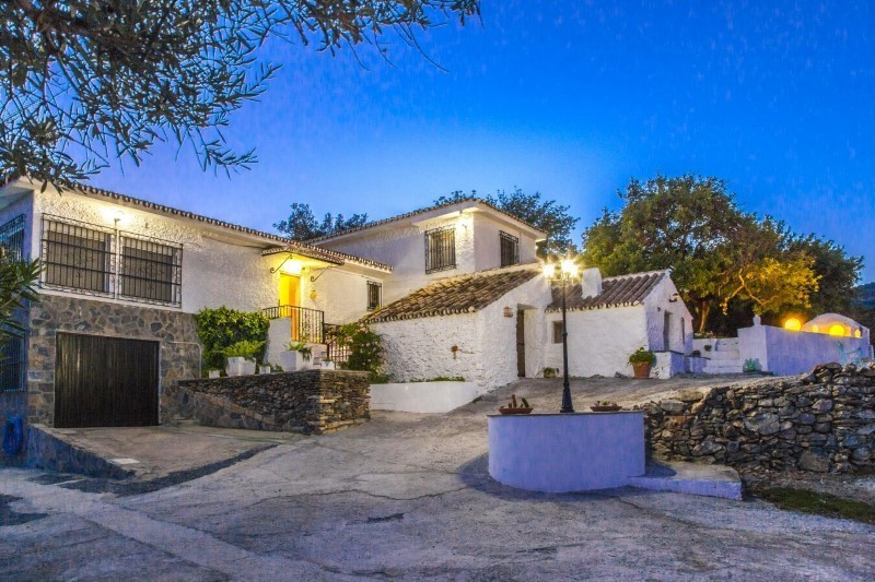 Massive Reduction down from €800,000, for quick sale! Not often to the market, this is a unique vill, Spain