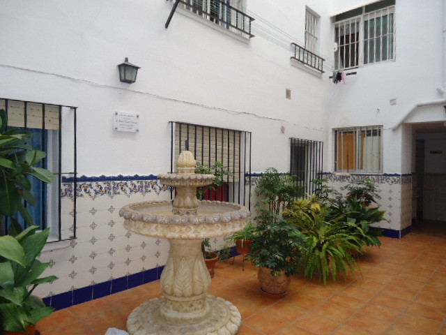 Apartment in Arroyo de La Miel. This property is located within walking distance to the beach and al, Spain