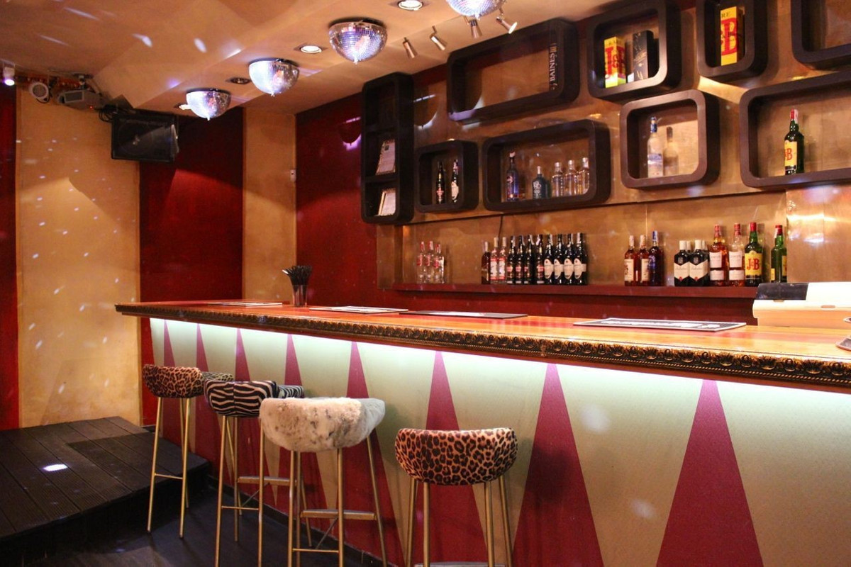Disco licensed in Marbella just reformed with new sound and lighting equipment, kitchen and renovate, Spain