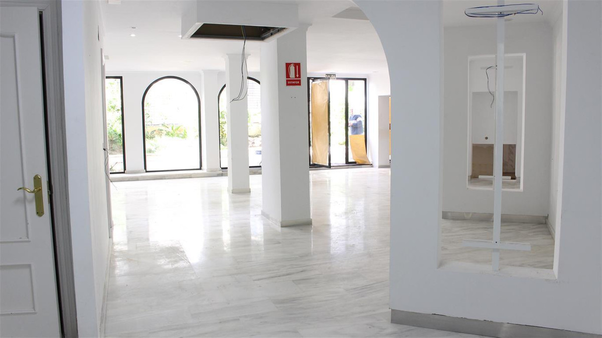 Marbella, commercial premises perfectly located in the most exclusive commercial area of Marbella. T,Spain
