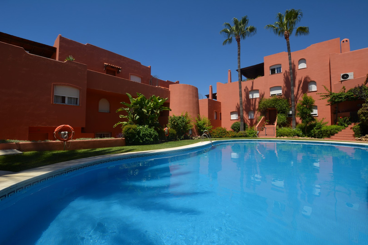 OPPORTUNITY, MAGNIFICENT TERRACE !! 100 METERS FROM THE BEST BEACHES OF THE COSTA DEL SOL !!!  Magni, Spain