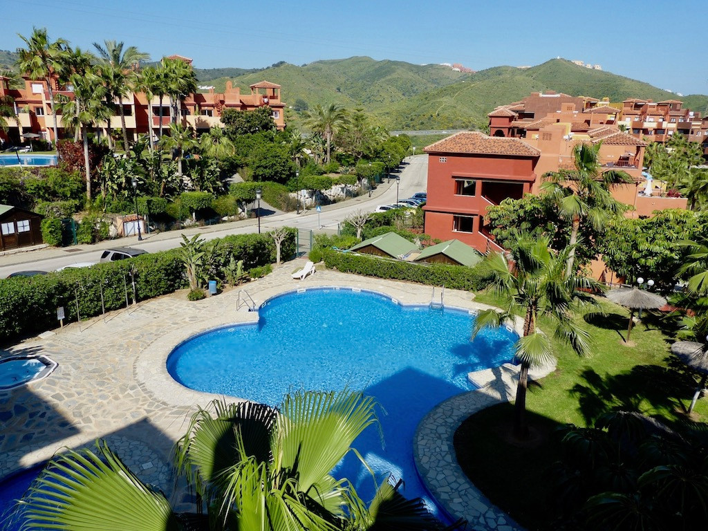 A short distance from the heart of glamorous  Marbella centre, and close to all local amenities, thi,Spain