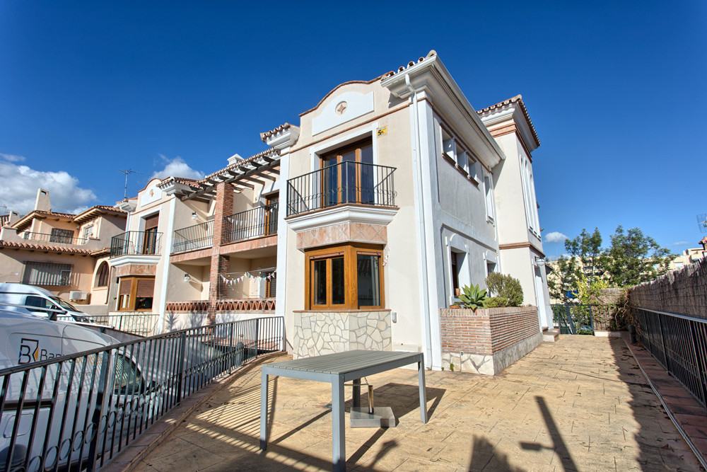 Marbella City Centre Town House for sale.  Great opportunity to purchase a substantial family Villa , Spain