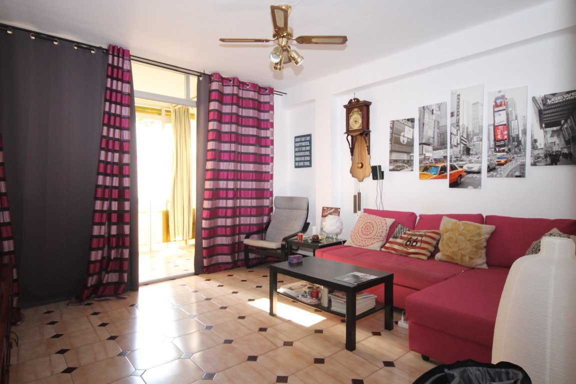 OPPORTUNITY FLAT IN CRUZ DE HUMILLADERO-VIALIA Great opportunity in Zona de VIALIA, CRUZ HUMILLADERO, Spain