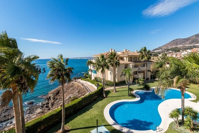 Unique and fabulous 3 bedroom penthouse in Costa Quebrada, with a stunning terrace with Jacuzzi. Mag, Spain