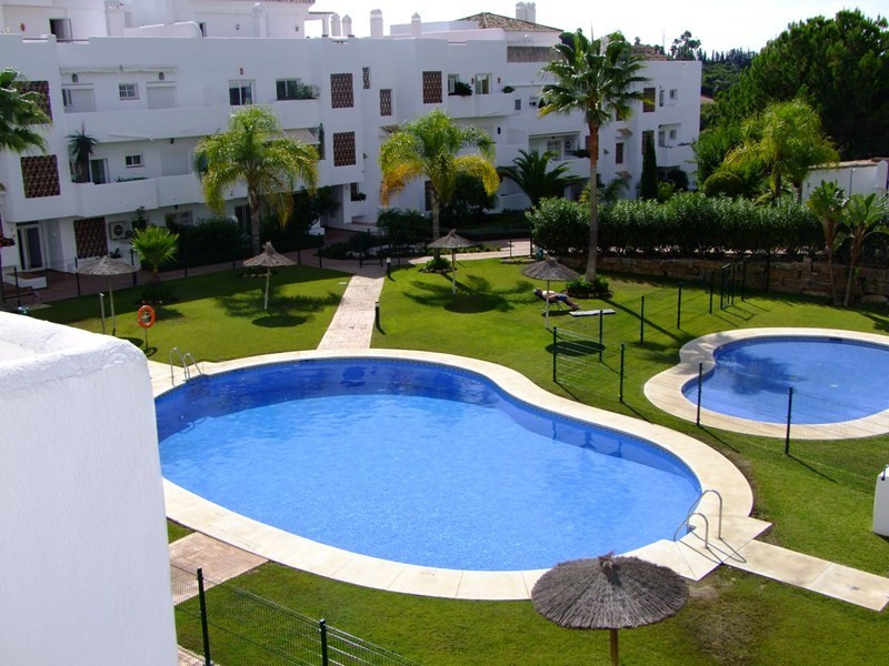 Lovely 2 bedroom apartment in this gated complex. The apartment is located on the first floor overlo,Spain
