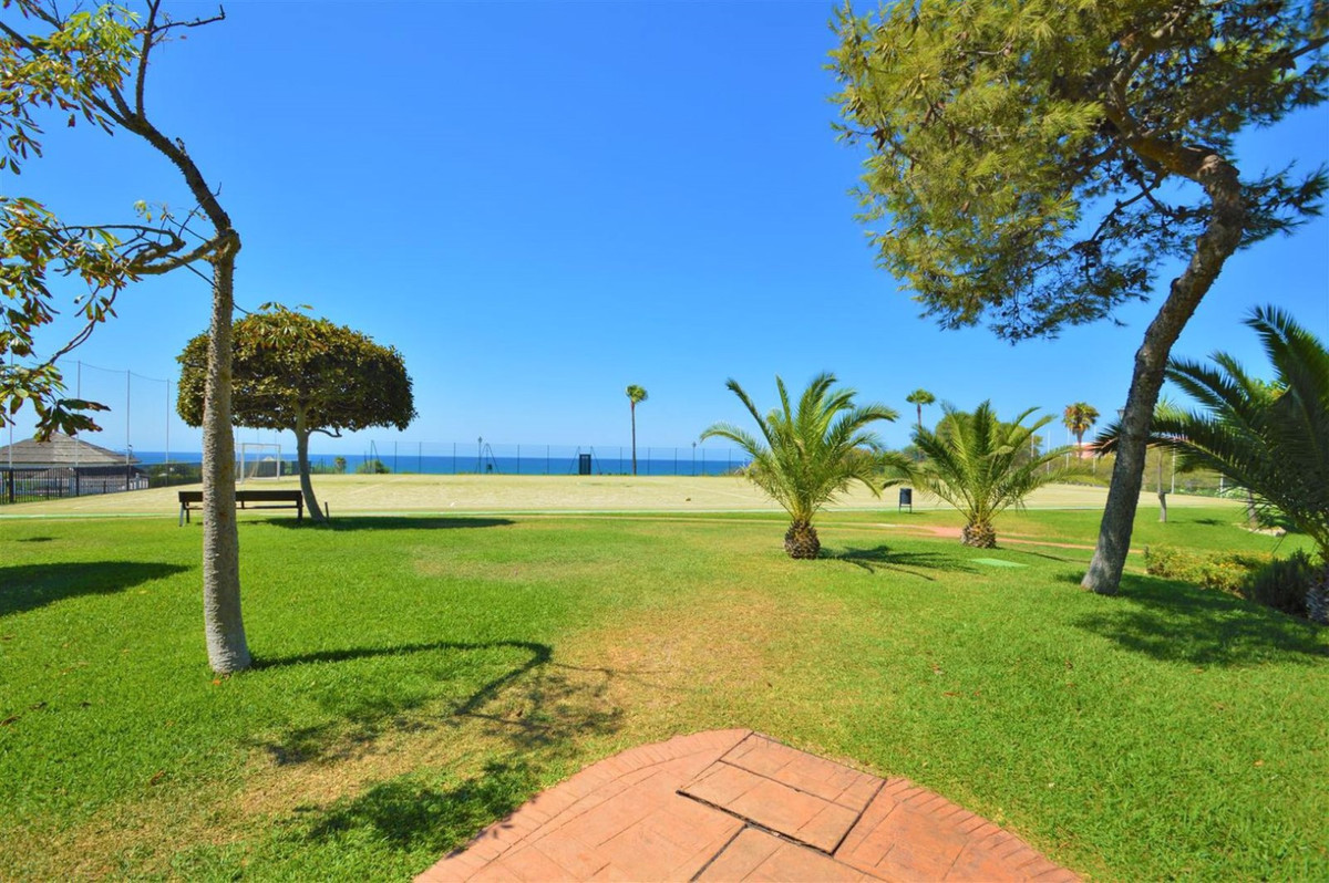 !!! BEAUTIFUL TWO BEDROOMS APARTMENT IN COSTABELLA  !!! 2 bedroom one bathroom corner apartment in L, Spain