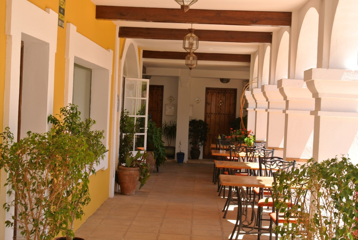 Unique opportunity to purchase the only free hold  restaurant available in Aloha Pueblo . Located in,Spain