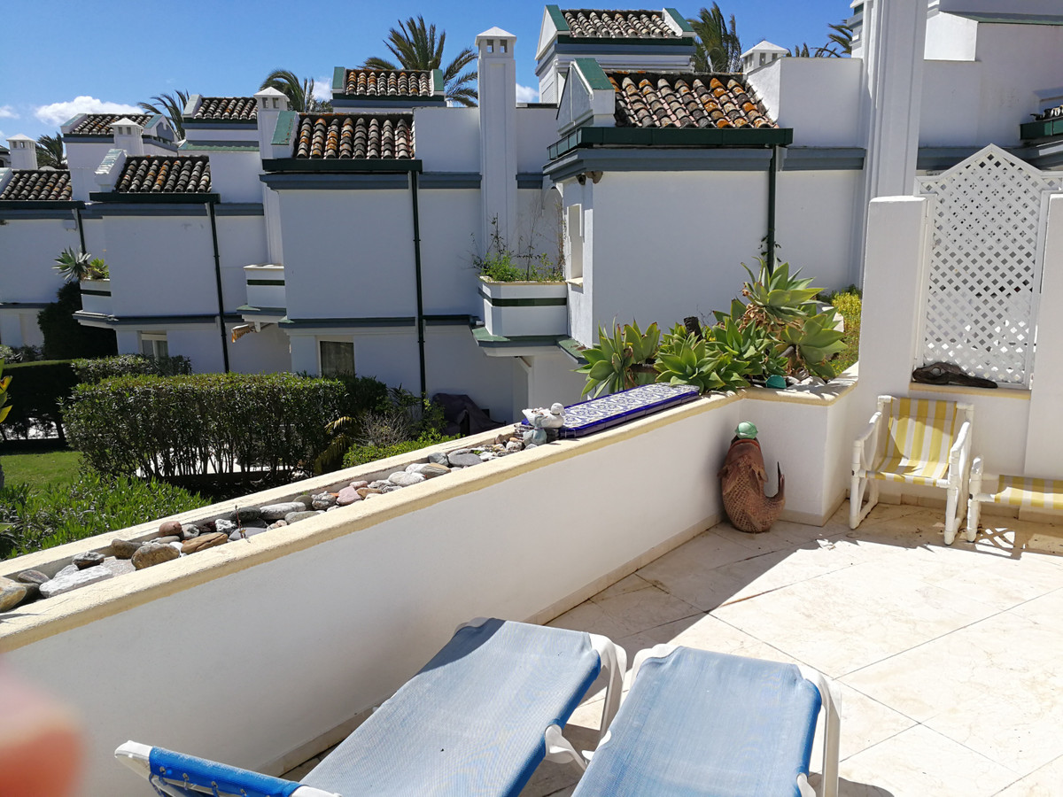Very large one bedroom apartment in the fabulous development of Dominion Beach well known for the lu,Spain