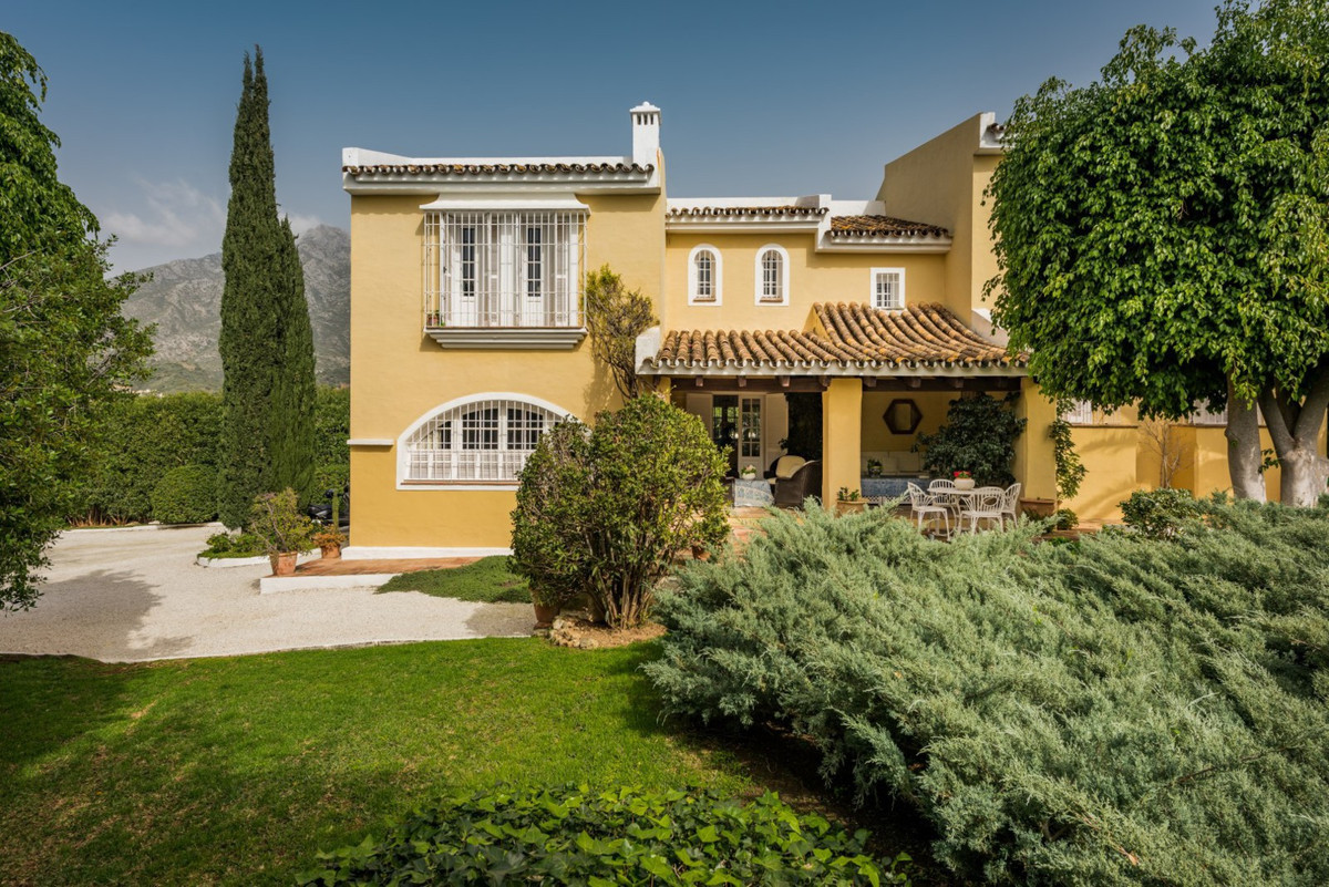 Villa for sale on the Golden Mile, Marbella. Great opportunity to acquire a lovely home elegantly de,Spain