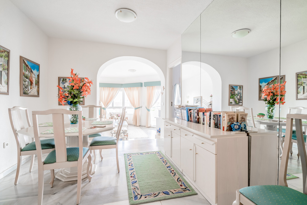 Totally renovated beautiful apartment in Calahonda. Apartment has two bedrooms, two bathrooms, cozy ,Spain