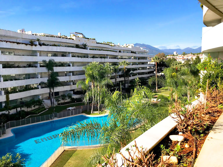 A true feeling of luxury greets you as you enter this well equipped apartment. Large living room, be,Spain